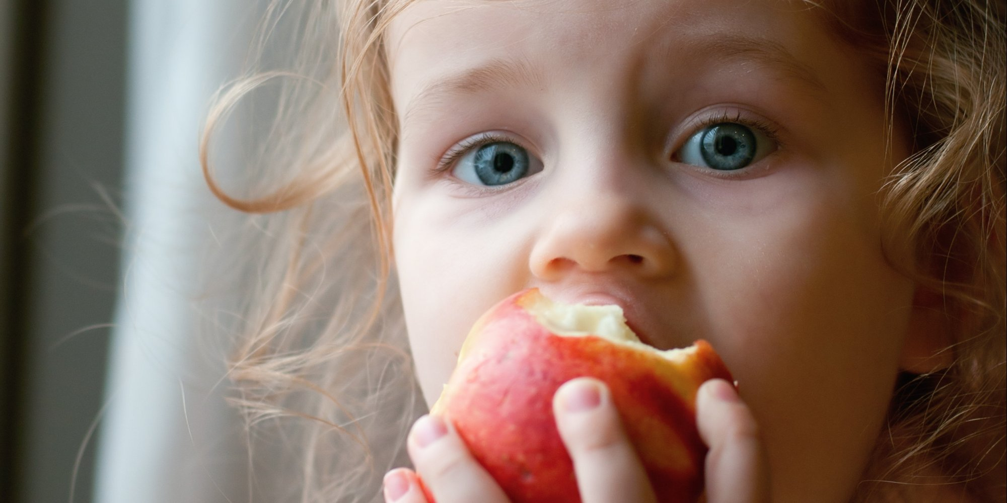 http://www.wbfj.fm/wp-content/uploads/2015/05/KID-EATING-APPLE-facebook.jpg